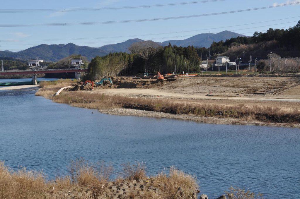 一鍬田の河道掘削
